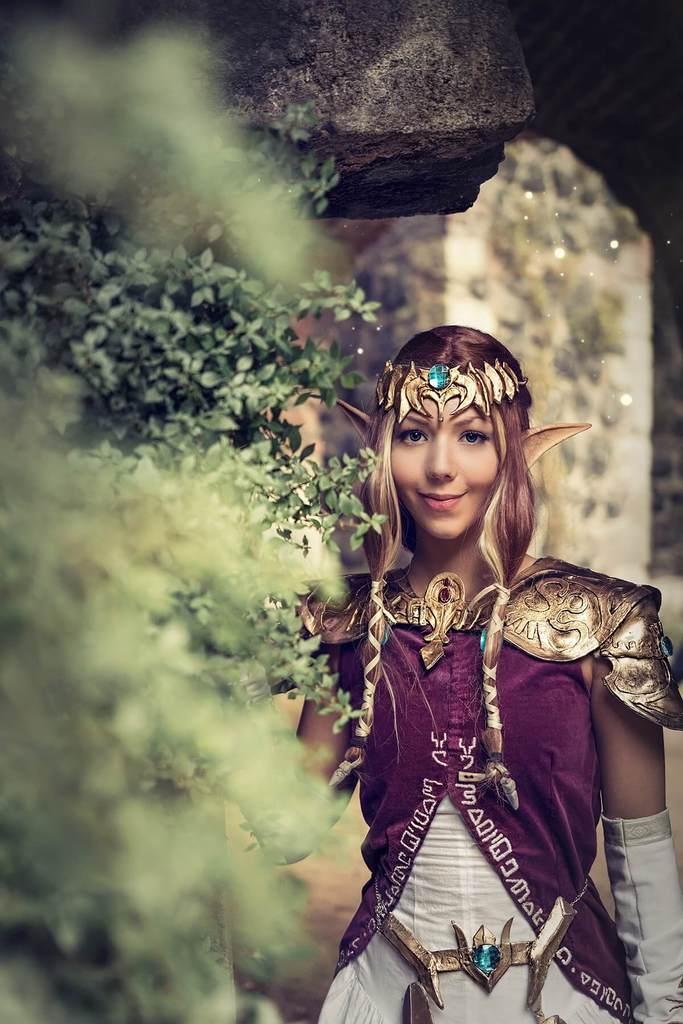 TMT Cosplay as Zelda - Twilight Princess